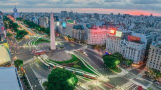 buenos aires obelisk - terra argentina tailor made tours